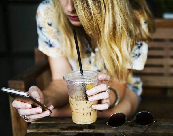 Телефонът може да бъде полезен и вреден за тялото ви